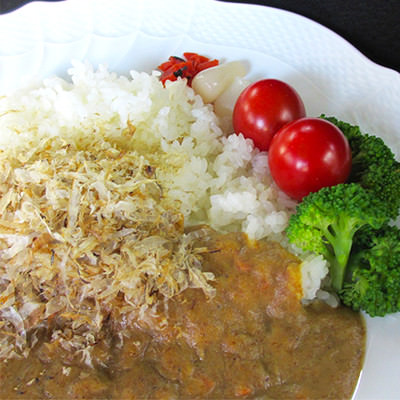 かんばら「いわしカレー」セット 有限会社 やましち 静岡県 いわし削りぶし日本一だった町で80年も前から食べられている和風カレー。