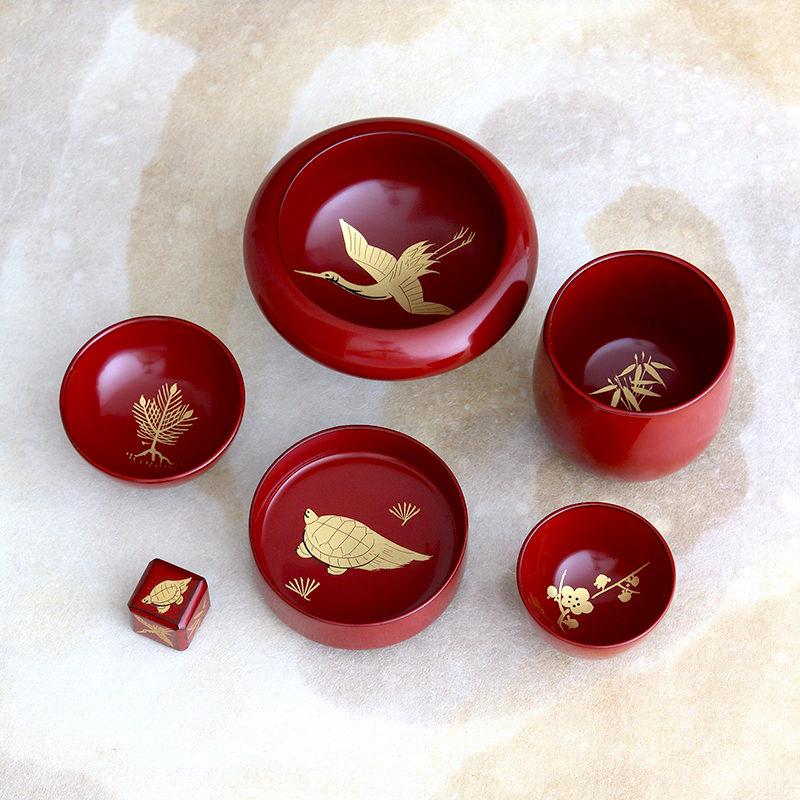 800年の伝統と技、国指定伝統的工芸品 きのこ盃 川連塗 寿次郎・秋田県