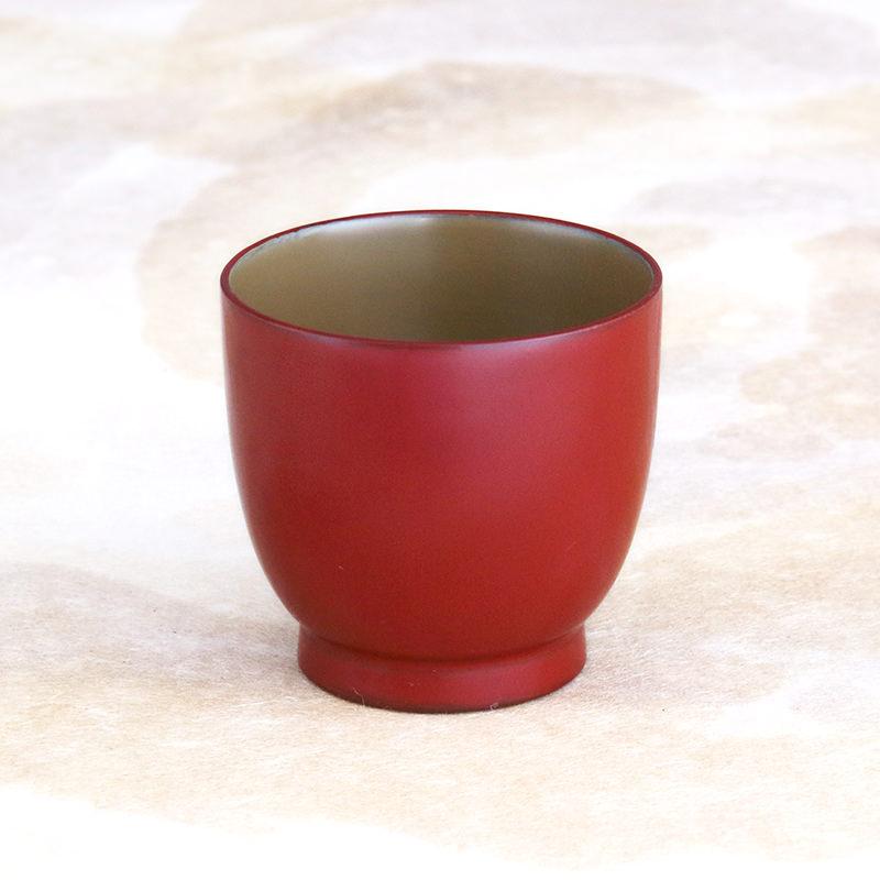 使えば使うだけ味になる、800年の歴史と伝統の器  普段使いにぴったり デミカップ 川連塗 寿次郎・秋田県