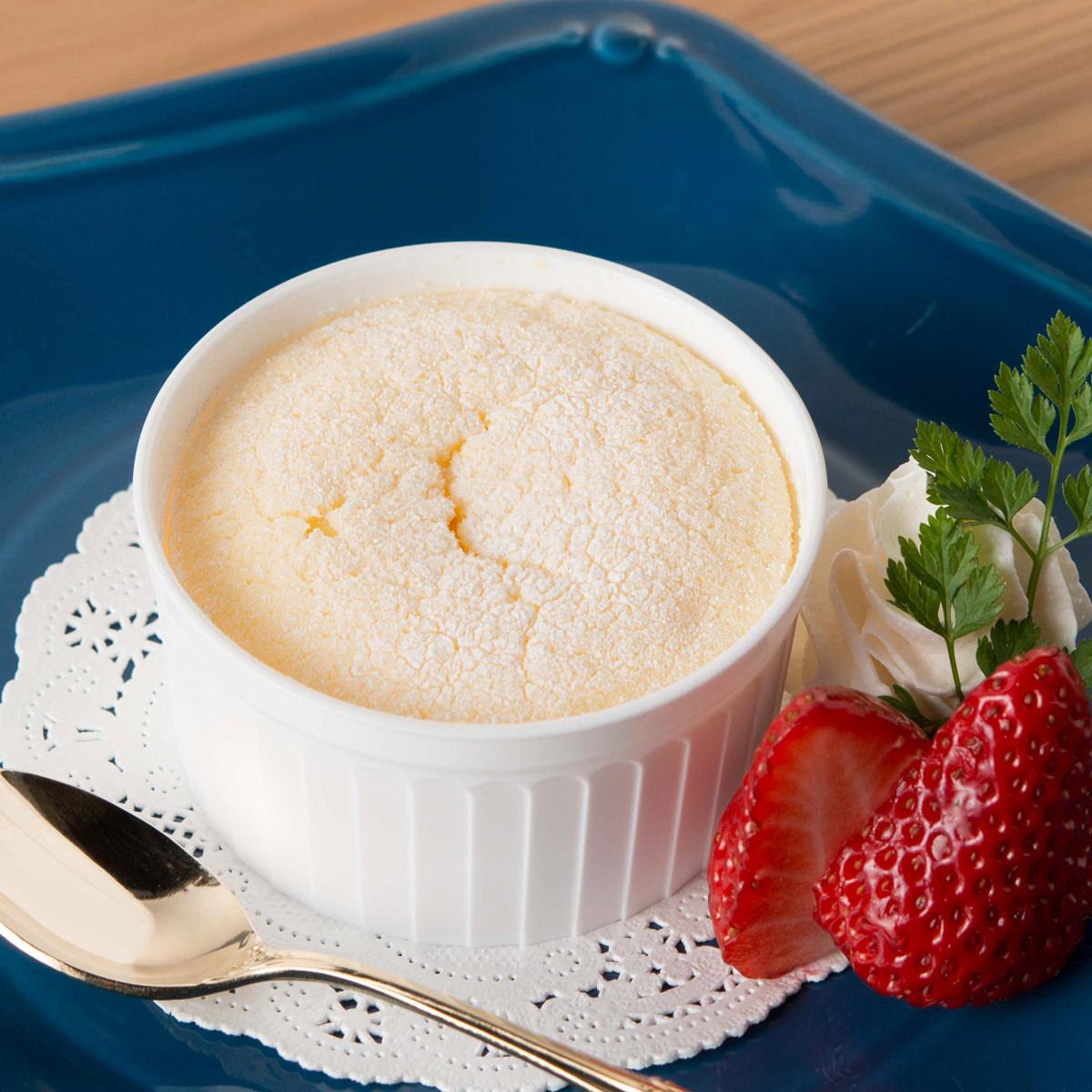高知アイス 濃厚卵のひんやりふわっとチーズスフレ 雪どけフロマージュ〔10個入〕