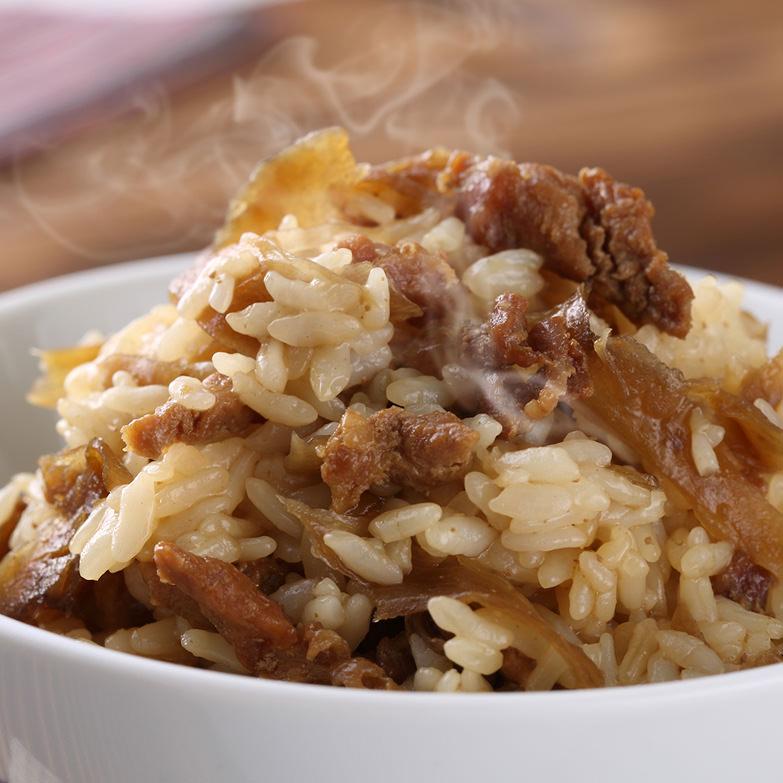 大分県の郷土料理、甘辛い醤油と鶏、ごぼうの旨み。「大分 鶏めしの素セット」 渡邉食品企画・大分県