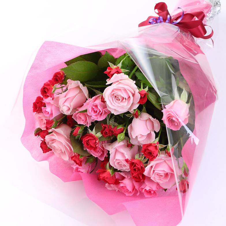大分県内小売出荷量No.1を誇るバラ産地直送専門店がお届けする バラのみを贅沢に使ったベッラローザのバラ花束・株式会社ベッラローザ・大分県