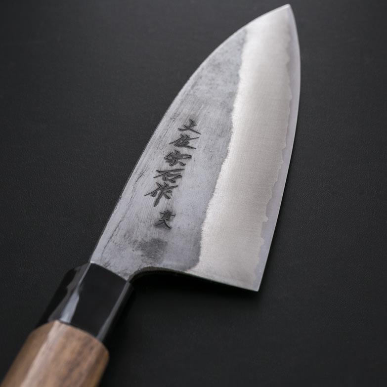 400年の伝統、土佐刃物。ステンレスに青銅割り込み手打鍛造 黒打ち船行包丁165ミリ 宗石刃物製作所・高知県