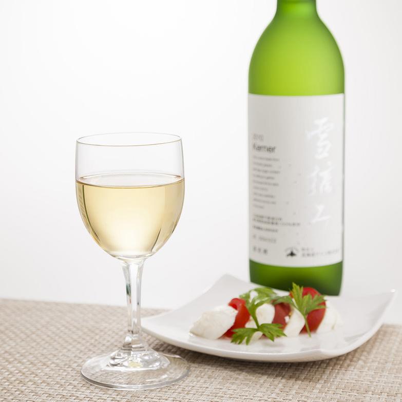 日本ワインコンクール銀賞など多数の受賞歴を誇る 2011雪摘みケルナー 北海道ワイン株式会社・北海道