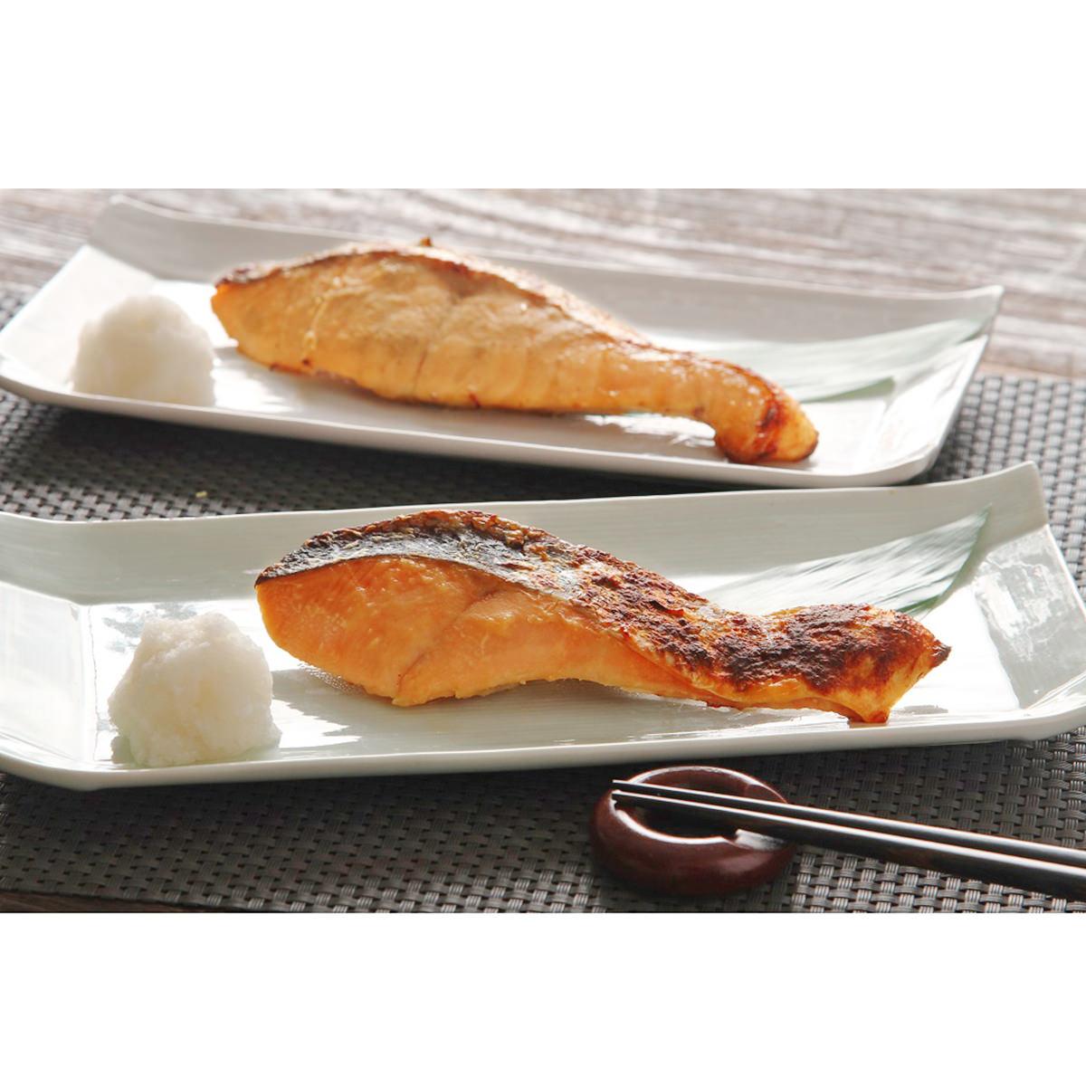 銀聖漬魚セット 〔北海道大豆味噌味・山椒味噌味 各70g×各4〕 鮭 切り身 味噌漬け 北海道 三協水産