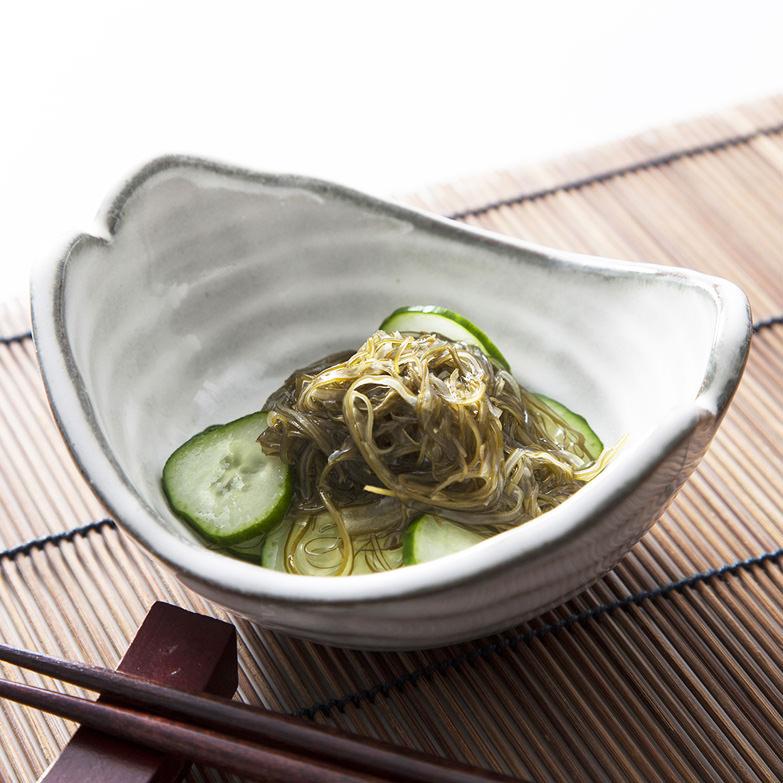ねばり一番 海花 北海道 函館近海で採れたねばりの強い「がごめ昆布」を刻んだ使いやすい一品