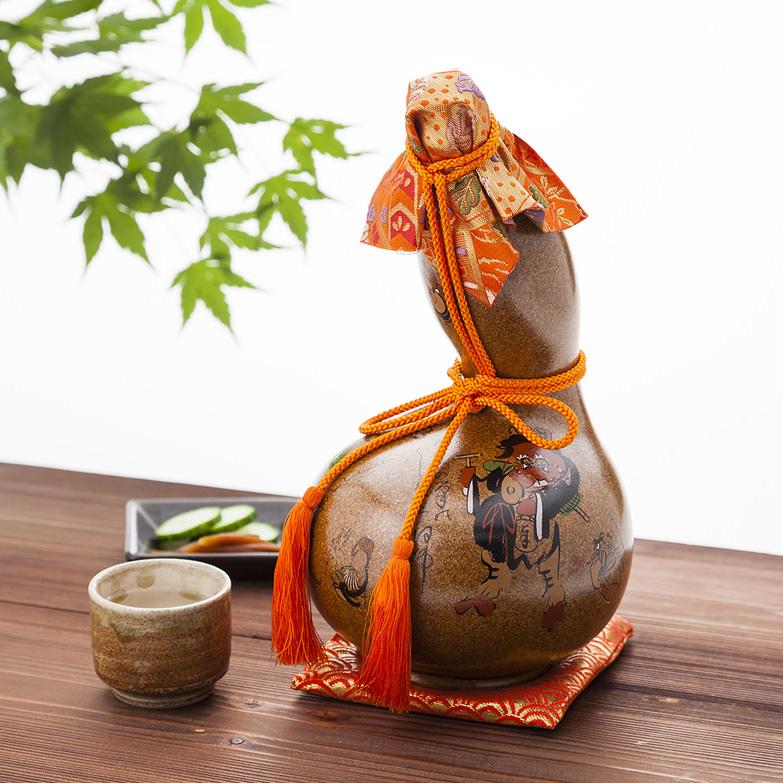 神開 吟醸 大津絵 金梨地瓢箪 藤本酒造株式会社 滋賀県 古くから縁起物として尊ばれる瓢箪型の陶器に甲賀の銘酒を詰めました。