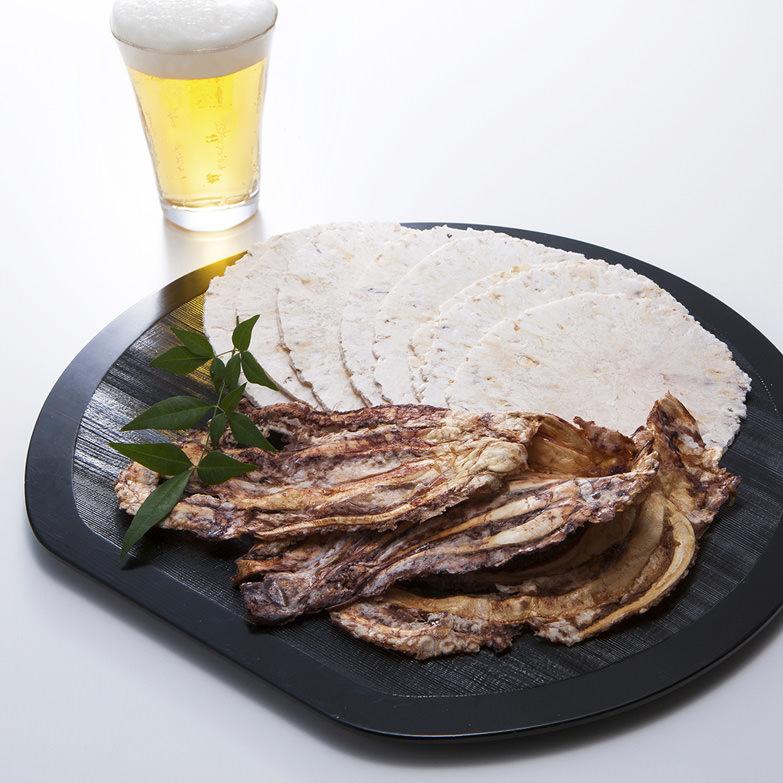 ビールつまみセット カズヨシ姿焼き×5・ソフトいか焼き×5 有限会社富士見屋 愛知県 海老せんべいの本場、三河・一色のいか焼きを堪能。