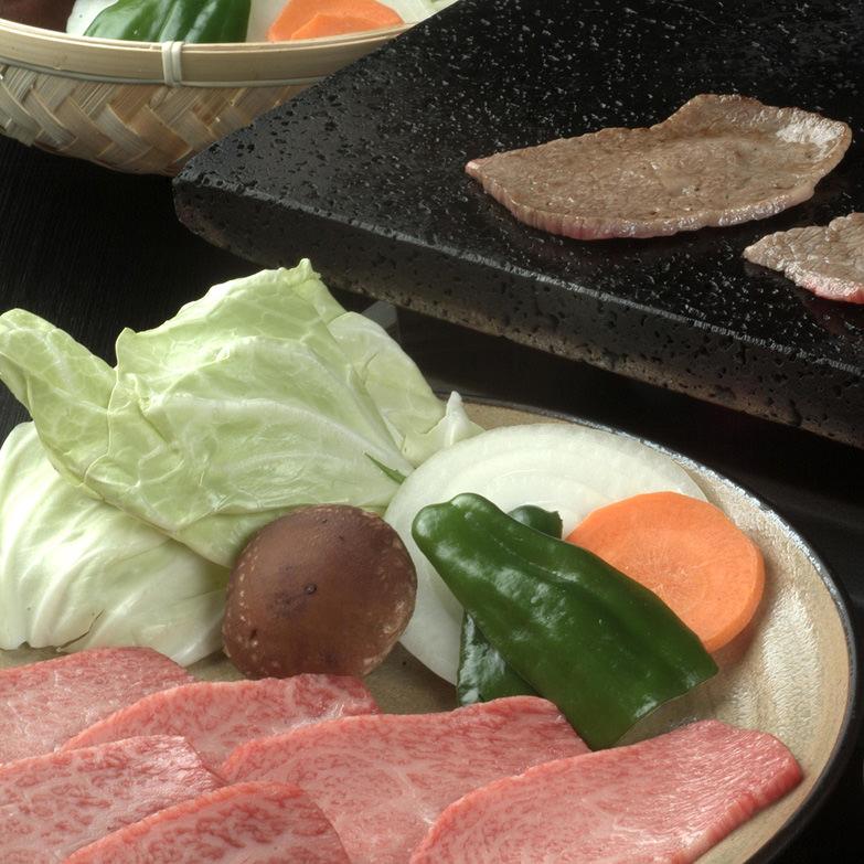 前沢牛焼肉用〔牛肉500g、牛脂20g〕岩手県 前沢牛オガタ