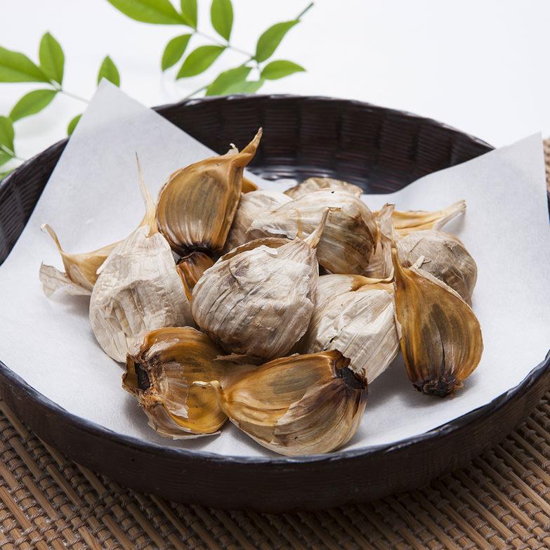 黒にんにく 株式会社エビサワ農園 青森県 ポリフェノールなどの栄養素も豊富に含有。においも少なく食べやすい健康食品。