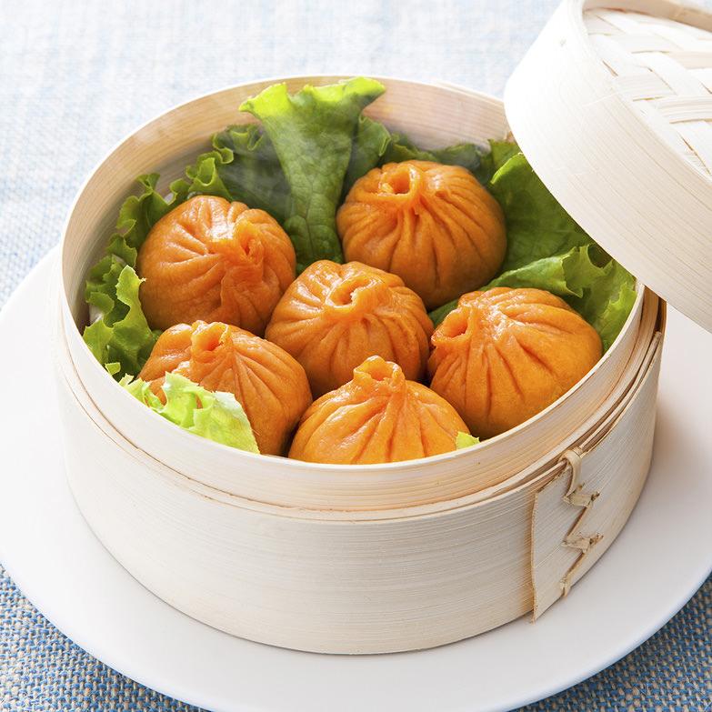 トマト小籠包 中国料理香港 北海道 道内有数のトマト産地・北斗市ならではのトマトの風味と旨みが生きた小龍包です。