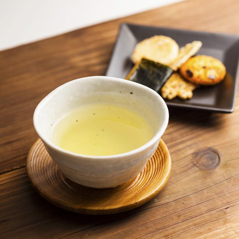 天空の古来茶セット 傳六茶園 岐阜県 伊吹山の恵みを受けて700年間守り続けられてきた希少・貴重な「在来茶」を味わう。