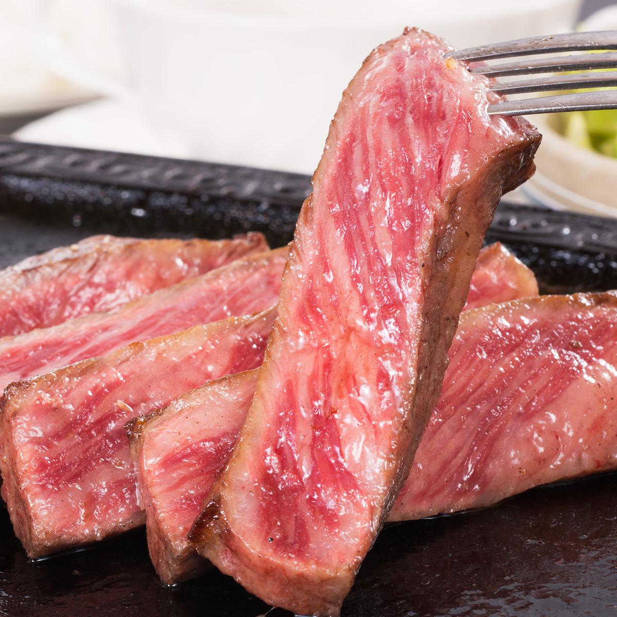 松阪牛 サーロインステーキ 2枚 木箱入 贈答用 〔サーロイン200g×2・ステーキ調味料20g〕 牛肉 三重 松阪まるよし