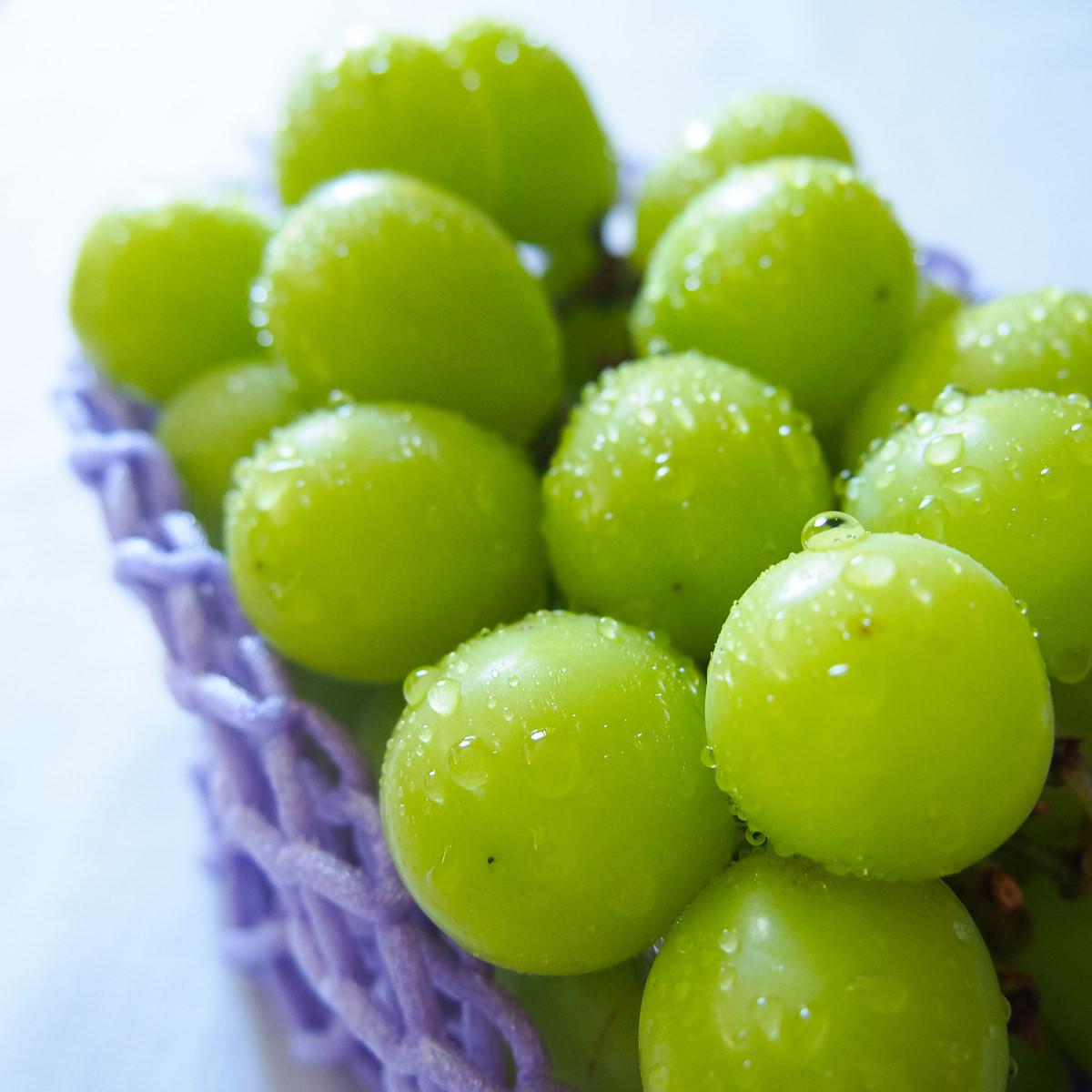 やまなし美味しい甲斐 雨宮農園 雨宮さんのシャインマスカット 山梨県甲府市産 2房 1300g以上