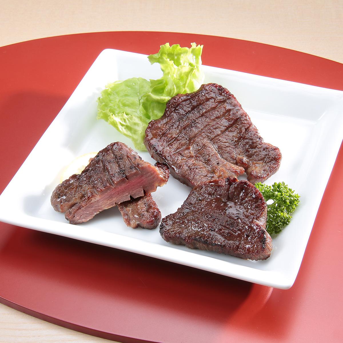 本場仙台の味をお届け  牛タン丸ごと一本 塩麹熟成 300g