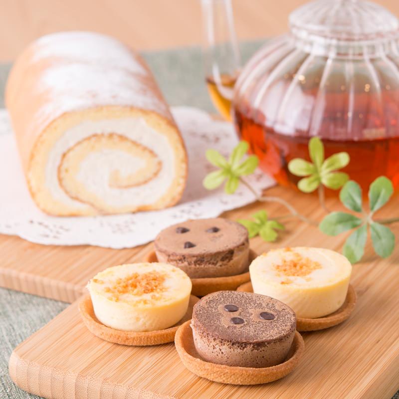 北海道チーズケーキとロールケーキセット〔北海道フロマージュ×8・ショコラ×6・ロールケーキ×1〕