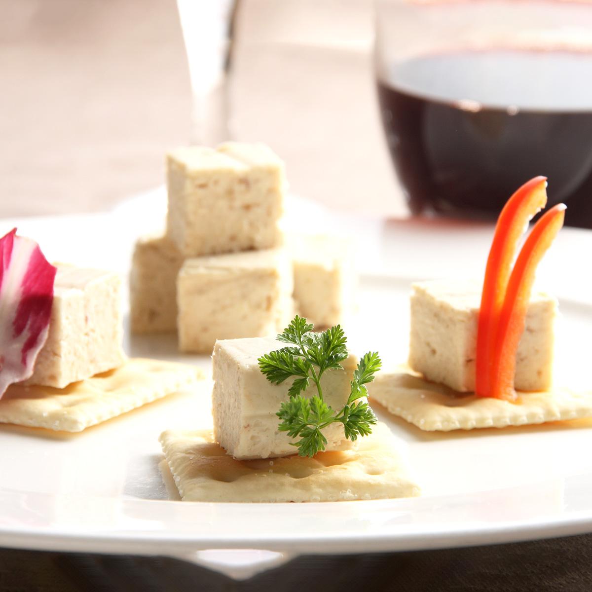 チーズ・山わさびの相性がばっちり 「和ちいず 4個入ギフトBOX」 株式会社ゆたか・北海道