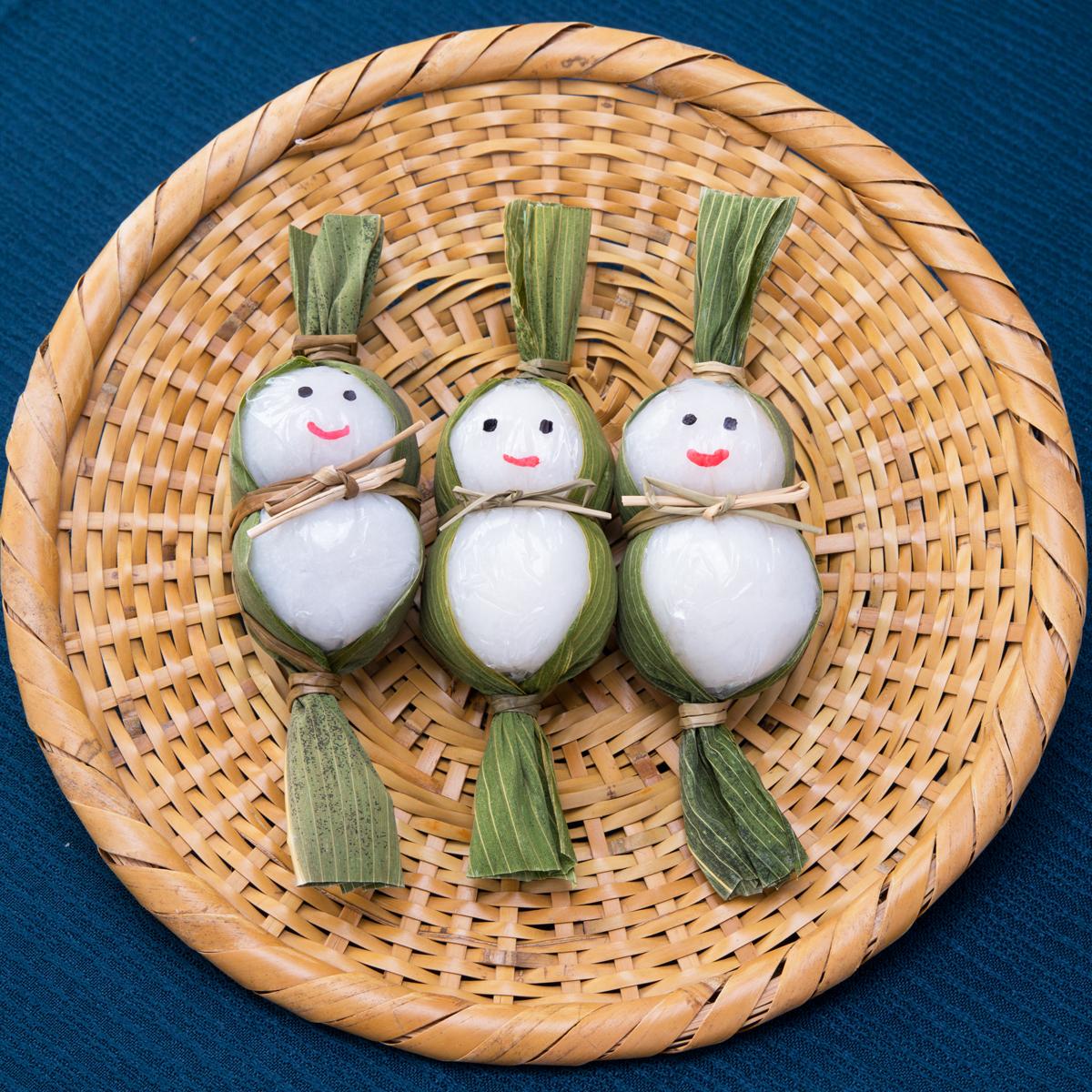 魚沼産コシヒカリ使用。雪国生まれの白い笹だんご 笹雪だるま 5個入り3箱セット〔15個〕