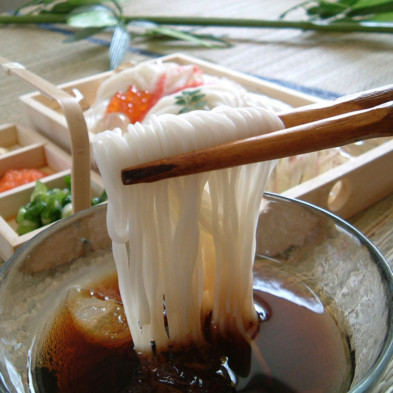 M-芳醇1kg木箱 玉井製麺所 奈良県 本物志向の方へ。真っ白な麺の美しさ、芳醇な風味と食感の国産小麦100%の素麺