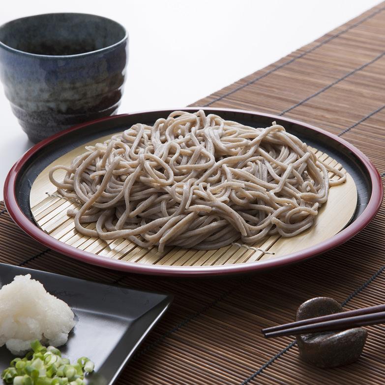石臼挽き福井県産そば粉を使った、風味豊かな手打ち越前そばセット そば処どうぐや 福井県 打ち立ての生蕎麦を冷蔵でお届け