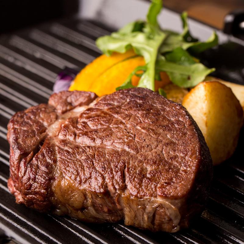 国産牛ヒレステーキ肉ジャンボサイズ 新鮮真空パック2枚セット 〔130g×2枚〕 あかまる牛肉店