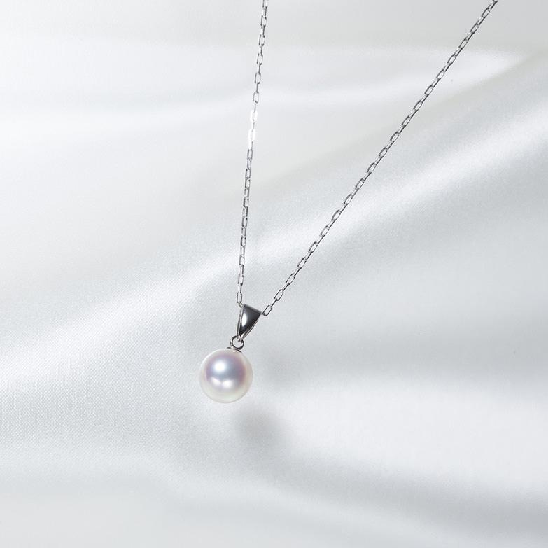 真珠ペンダント 8.0mm 佐藤真珠株式会社 愛媛県 フォーマルから普段使いまで、さまざまな場面で活躍するシンプルな一品