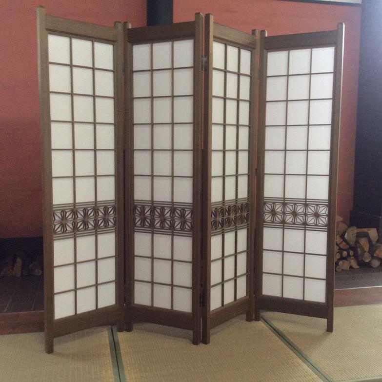 杉埋木 組子入りスクリーン 小玉建具店 秋田県 熟練した職人の手作業が生み出す組子細工が、上質な和の雰囲気を演出