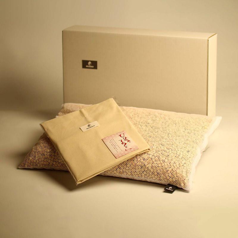 ひのき枕 有限会社ニチボ 長野県 ひのきの香りに癒され、快適な眠りへと誘う究極のリラクゼーション枕