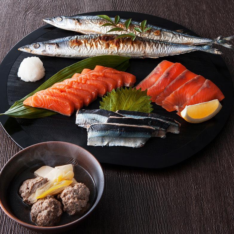 前浜ギフト「女川じまん」 ワイケイ水産株式会社 宮城県 女川産の海の幸を満喫!食べ方いろいろ、さんまと銀鮭の詰め合わせ
