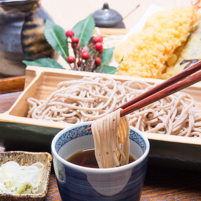 京都 夜久野産の良質なそば 半なま 京蕎麦 味くらべセット C〔丹波ノ霧2人前・そば宝4人前・つゆ付〕
