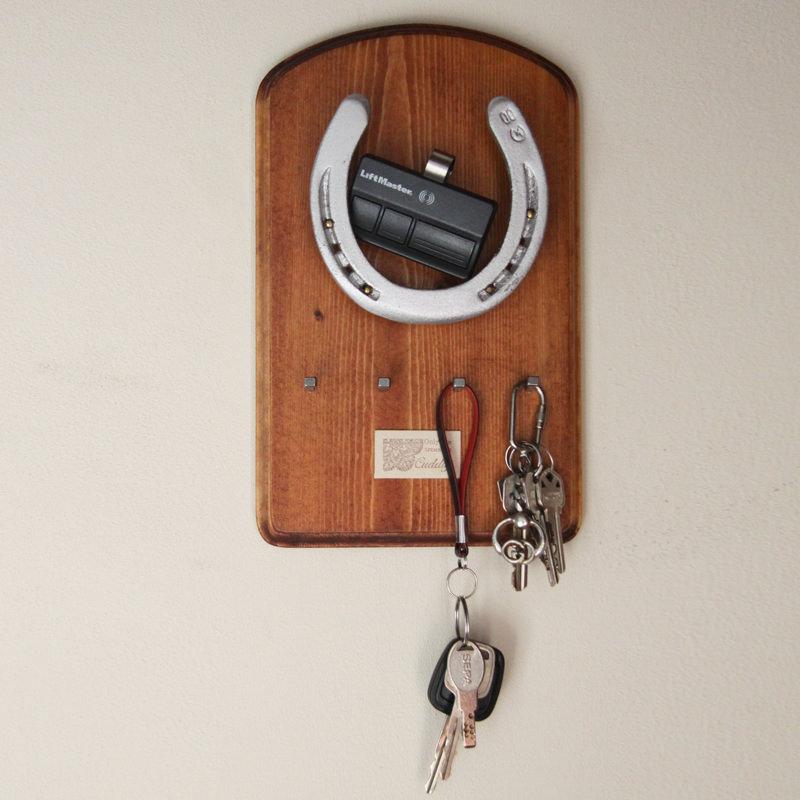 八ヶ岳の風セレクション 職人手づくり鍵掛け 馬蹄のキーホルダーフック〔290mm×180mm〕