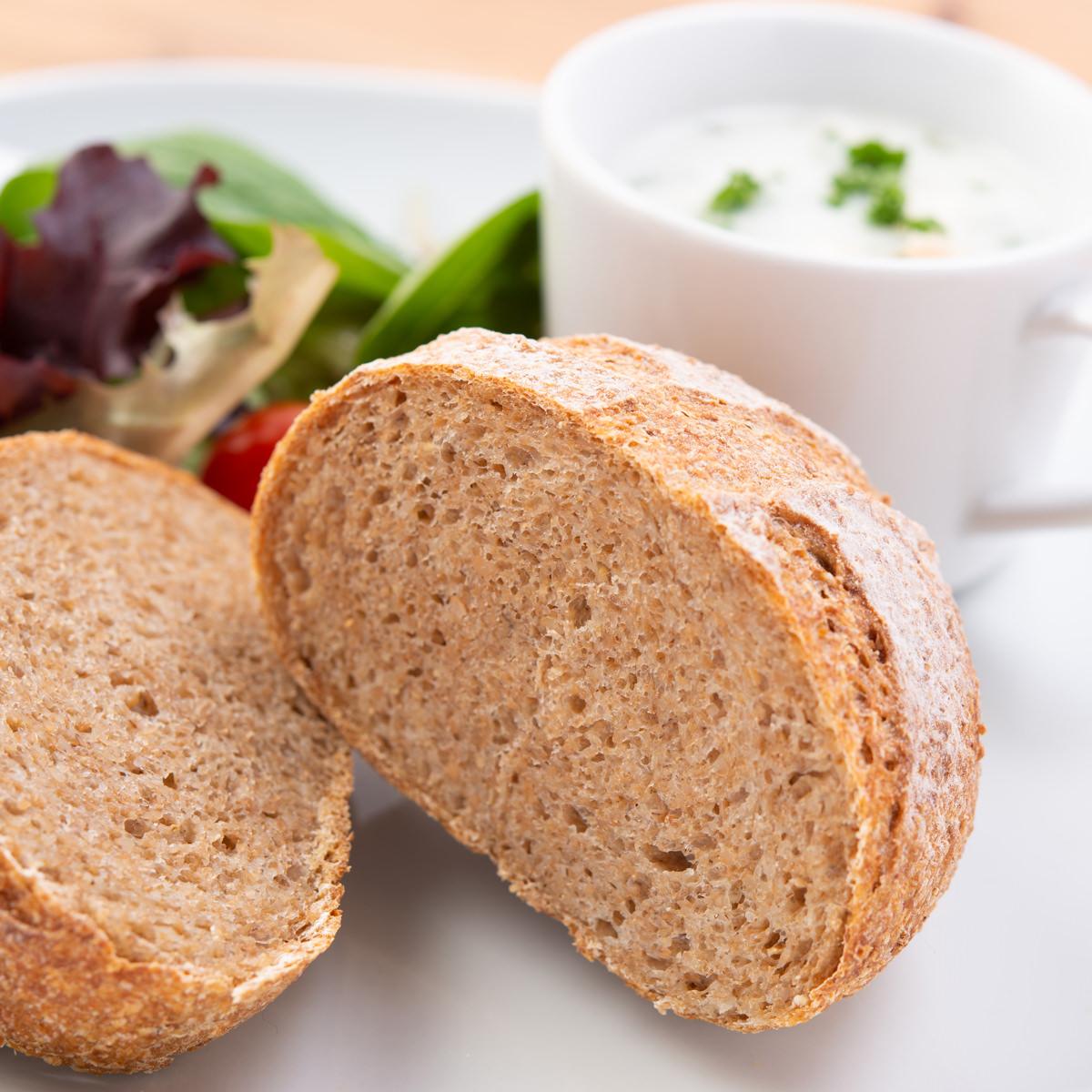 パン 全粒粉