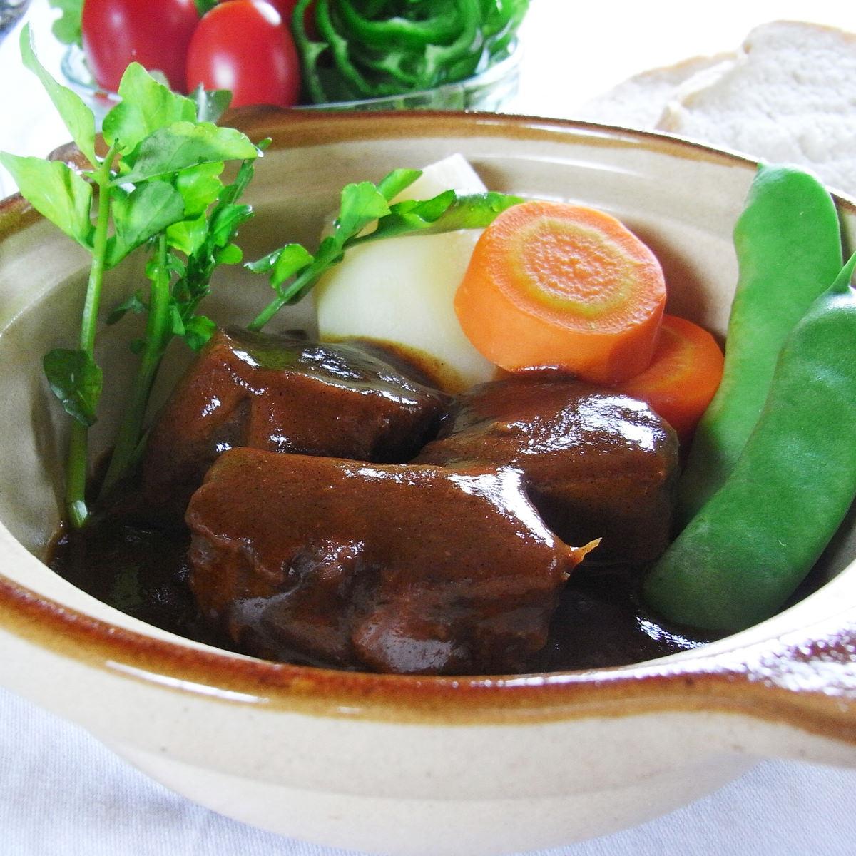 神田 トラットリアジュゲム 牛タンシチューと鶏肉のクリーム煮〔2種×各2〕【沖縄・離島 お届け不可】