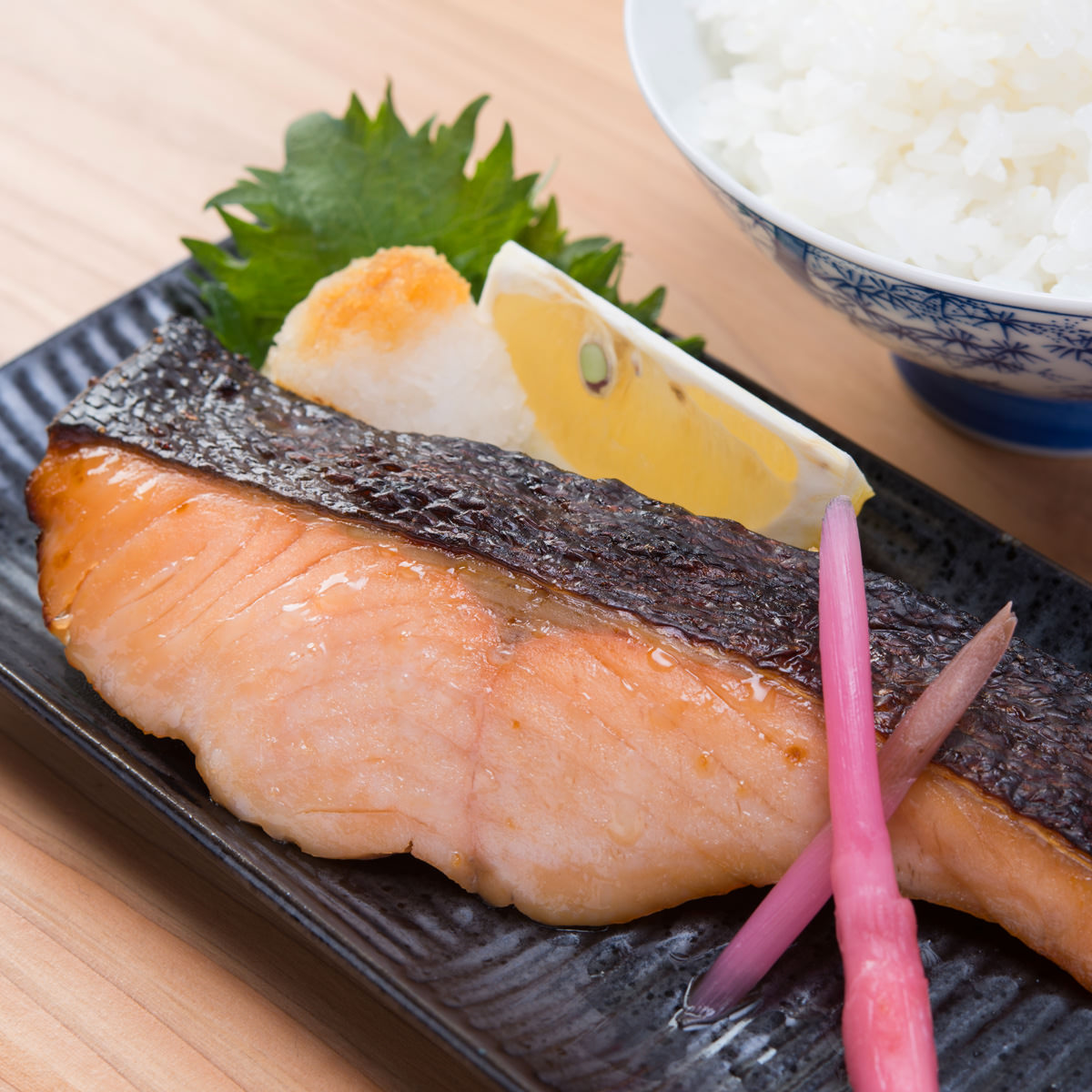 手塚商店 山形産 冷凍 鮭味噌粕漬 6切入 ギフトセット〔100g×6〕