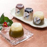 おいしいお茶のスイーツ詰め合わせ 株式会社ビバ沢渡 高知県  仁淀川町沢渡の谷で摘まれた生の茶葉を使いました