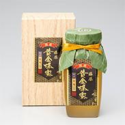 希少な純粋蜂蜜を、手作業で念入りに仕上げました。日本の北国を代表する蜂蜜です。藤原黄金蜂蜜 栃 550g 藤原養蜂場・岩手県