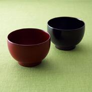 本物の器で毎日の食卓を幸せな時間に・手塗うるしペア汁椀(溜・朱) 北市漆器店・石川県