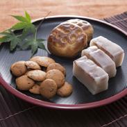 愛知の伝統野菜や地元特産品をおいしいお菓子に仕上げた 津島銘菓詰合せ らく楽菓子舗・愛知県