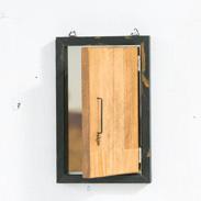 インダストリアルミラー Shop Is. 高知県 実用性もありながら、お部屋をおしゃれに演出する個性あふれる鏡