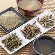 甘くてカリッとした食感が癖になります きびなごケンピセット 八重丸水産・高知県