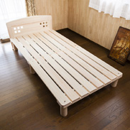 東濃桧ベッド「かおりちゃん」ヘッドボード付き 夢幸望ハヤカワ 岐阜県 岐阜県特産ブランド桧「東濃桧」で作ったベッド