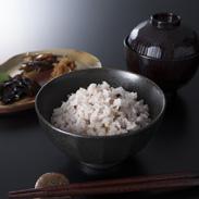 青森県産の美味しい白米と10種類の雑穀米のセット 青森県産つがるロマンと十穀米 株式会社米万商店・青森県