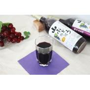 普通のぶどうより多くのポリフェノールを配合しているといわれている山葡萄を100%使用 山ぶどうジュース 株式会社サイバープロジェクト・青森県