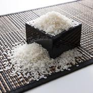 近江米みずかがみ10kg 株式会社パールライス滋賀 滋賀県 減農薬・減化学肥料で栽培され、国際線の機内食に採用された滋賀・近江米の新品種。