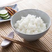 近江米キヌヒカリ10kg 株式会社パールライス滋賀 滋賀県 炊き上がりが非常に美しくシルクのような輝きのお米。