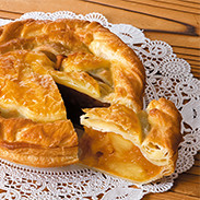 手作りアップルパイ(ラージ) 株式会社フォーシーズン  青森県 無農薬りんごをたっぷり使った大きなアップルパイ。