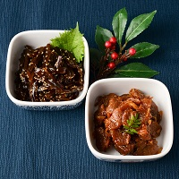 カネハツ食品 手づくりの温かみ ニッポンのおふくろの味 畑のお肉とごま若布 セット〔2種300g×各1〕