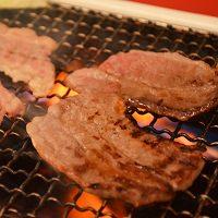 松阪まるよし 松阪牛焼肉用スライス肉(肩ロース)〔400g〕