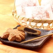 明治39年創業当時の味が復活! 元祖もみぢ饅頭 5個セット | 高津堂 多加津堂酒店有限会社・広島県