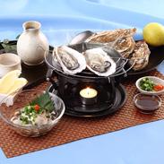 海のミルク!プリプリ新鮮 広島産 『生牡蠣300g』と『殻付き牡蠣5ケ』セット | 有限会社尾崎・広島県